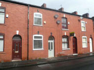2 bed Terraced house to rent in John Street...