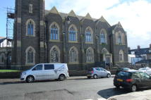 2 bedroom Penthouse to rent in Albert Road, Penarth...