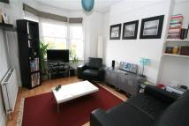 Flat in Grantham Road, Brighton...