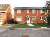 4 bedroom semi detached home to rent in OAKMOOR CLOSE...