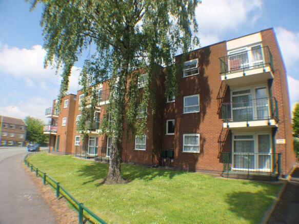 1 Bedroom Apartment For Sale In Glebe Flats Wellington Telford Shropshire Tf1
