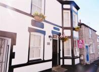 5 bed Terraced house in Rhianfa, Cross Street...