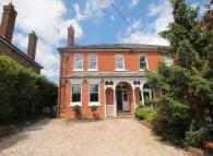 5 bed semi detached property in Sunte Avenue, Lindfield...
