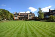 3 bed Flat for sale in Grace Court, Totteridge