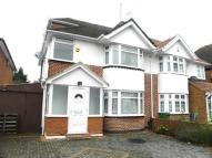 Courtlands Avenue semi detached property to rent