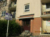 2 bed Ground Flat to rent in Dumbarton Road