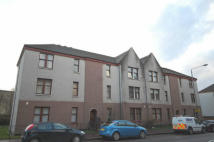 1 bedroom Ground Flat in Dumbarton Road