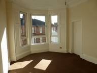 Flat to rent in Deanston Drive