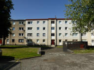 3 bedroom Flat to rent in Rossendale Court