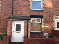 3 bedroom property to rent in Commercial Street...
