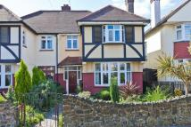 4 bedroom semi detached house in Woodgrange Drive...