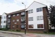 2 bed Flat to rent in Leigh Road, Leigh-On-Sea