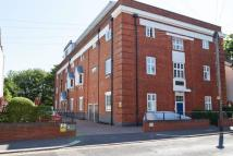 2 bedroom Flat for sale in Priory Avenue...