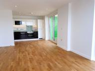 2 bedroom Apartment to rent in Rochdale Way, London, SE8