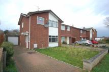 3 bed Detached property in Elizabeth Avenue...