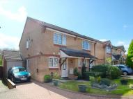 2 bed semi detached house in Swallow Close    Oxford