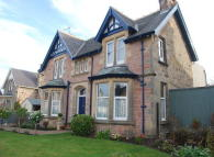 10 Abertarff Road Detached property to rent