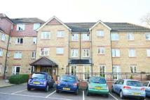 Flat to rent in Saddlers Court, Epsom