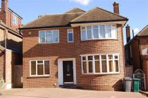 5 bed home to rent in Queens Way, Hendon...