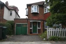 6 bedroom semi detached home to rent in Sunny Gardens Road...