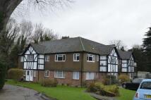 2 bed Ground Maisonette in Axwood, Epsom, Surrey