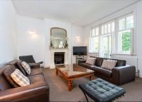 4 bedroom Flat in York Mansions...