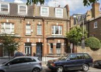 Foxmore Street Terraced property for sale