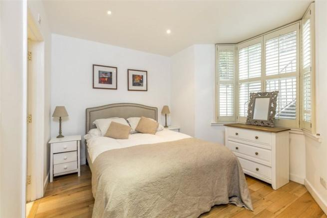 2 Bed Flat Sw11