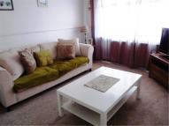 2 bed Flat in Lynmouth Crescent...