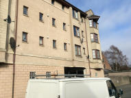 Flat to rent in Arthur Bett Court...