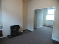 3 bedroom semi detached house to rent in Henry Street, Tunstall...