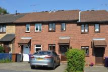 2 bed property to rent in PETERS WAY, KNEBWORTH