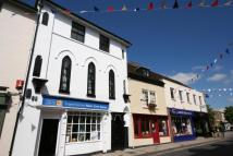 2 bedroom Flat to rent in Church Street, Romsey...
