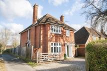 5 bed Detached property in Southampton Road, Romsey...