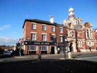 property to rent in White Swan, High Street, Crediton, Devon