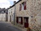 2 bed house in moncontour...