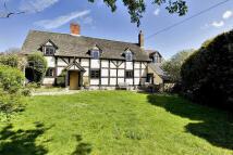 5 bed house in Church Farmhouse...