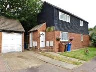 Maisonette to rent in Runnymede...