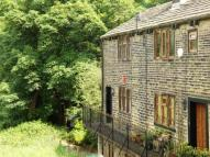 2 bed End of Terrace property in Bridge End, Rishworth...