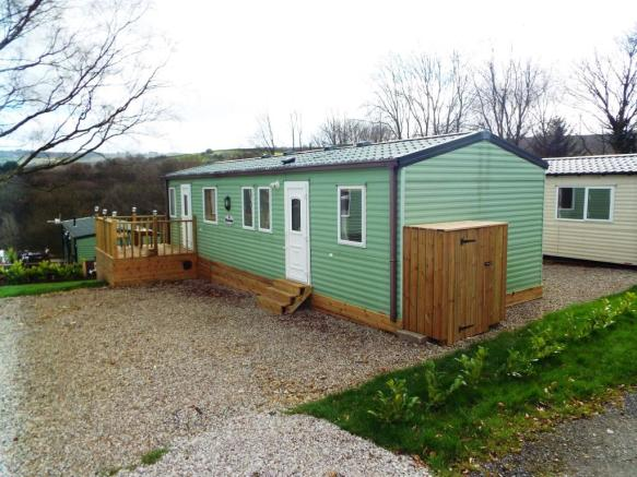 Front. 3 bedroom mobile home for sale in Cherry Tree Farm  Saddleworth