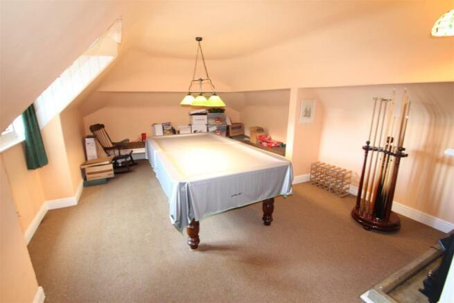 Loft Room / Snooker