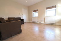 1 bedroom Apartment in Hale Lane, Mill Hill NW7