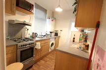 Flat in Beech Road, London, N11