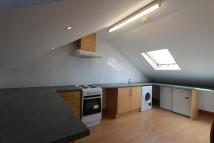 Flat to rent in Chichester Road, London...