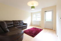 3 bedroom Detached home in Jack Barnett Way, London...