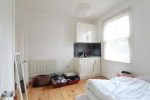 1 bedroom Flat to rent in Parkland Road, London...