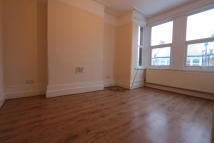 Maisonette to rent in Abbotsford Avenue...
