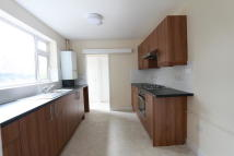 4 bed Terraced house to rent in Hawthorne Road, London...