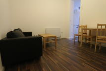 Flat to rent in WHITTINGTON ROAD, London...
