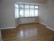 2 bedroom Terraced home in OAKLANDS AVENUE, London...